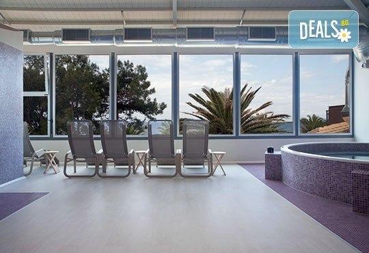 През май почивайте в Alexandra Beach Spa Resort 4* на o. Tасос, Гърция! 3/5 нощувки със закуски и вечери, безплатно за дете до 12.99г. - Снимка 20