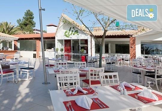 През май почивайте в Alexandra Beach Spa Resort 4* на o. Tасос, Гърция! 3/5 нощувки със закуски и вечери, безплатно за дете до 12.99г. - Снимка 10