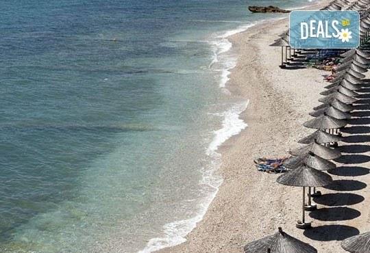 През май почивайте в Alexandra Beach Spa Resort 4* на o. Tасос, Гърция! 3/5 нощувки със закуски и вечери, безплатно за дете до 12.99г. - Снимка 23
