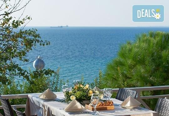 През май в Pomegranate & SPA Hotel 5*, Касандра, Гърция! 3 или 5 нощувки със закуски и вечери, безплатно за дете до 12г.! - Снимка 14