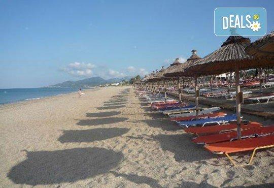Почивка през лятото на Йонийското крайбрежие в Гърция! 5 нощувки, закуски и вечери в Kanali Beach Hotel 3* и транспорт - Снимка 3