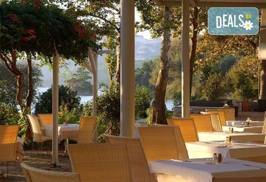 Почивка на остров Тасос, Гърция ! 5 нощувки със закуски и вечери в Makryammos Bungalows 4*, безплатно за дете до 12 г.! - Снимка 7
