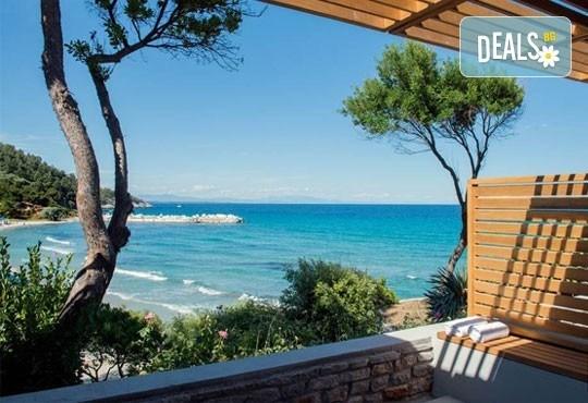 Почивка на остров Тасос, Гърция ! 5 нощувки със закуски и вечери в Makryammos Bungalows 4*, безплатно за дете до 12 г.! - Снимка 2