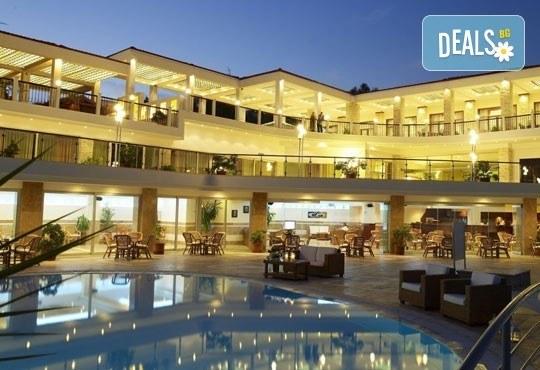 Почивайте през май в Alexandros Palace Hotel & Suites 5*, Халкидики! 3 или 5 нощувки със закуски и вечери, безплатно за дете до 12г.! - Снимка 19