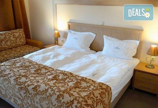 Почивайте през май в Alexandros Palace Hotel & Suites 5*, Халкидики! 3 или 5 нощувки със закуски и вечери, безплатно за дете до 12г.! - Снимка 5
