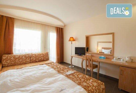 Почивайте през май в Alexandros Palace Hotel & Suites 5*, Халкидики! 3 или 5 нощувки със закуски и вечери, безплатно за дете до 12г.! - Снимка 7