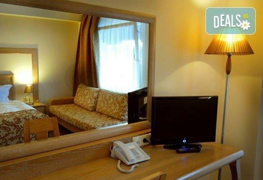 Почивайте през май в Alexandros Palace Hotel & Suites 5*, Халкидики! 3 или 5 нощувки със закуски и вечери, безплатно за дете до 12г.! - Снимка 6