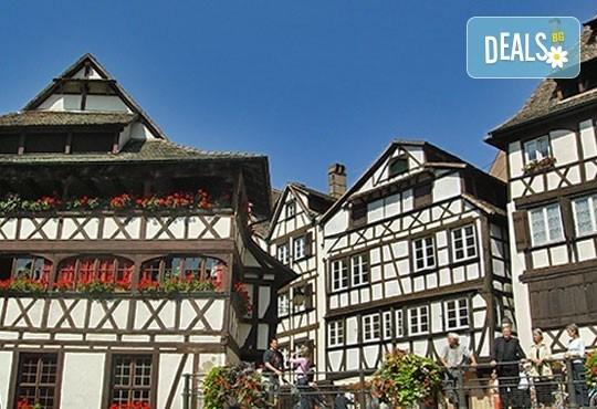 До Швейцария със самолет: Страсбург, Лозана, Женева, Цюрих в 5 дни, 4 нощувки със закуски от София Тур! - Снимка 1
