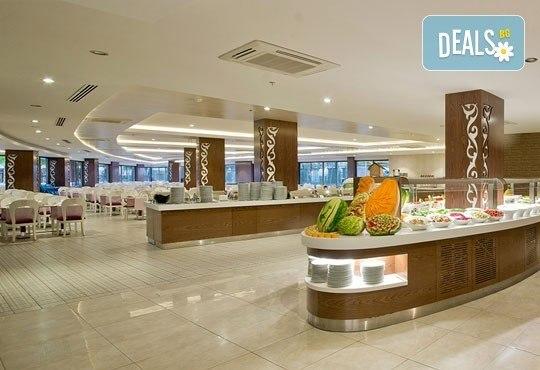 Почивка със самолет в Анталия от 21 до 28 май! 7 нощувки, Ultra All Inclusive в хотел Raymar 5*, двупосочен билет, летищни такси и трансфери - Снимка 8