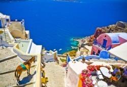 През септември на о. Санторини, Гърция: 7 нощувки със закуски, транспорт и водач