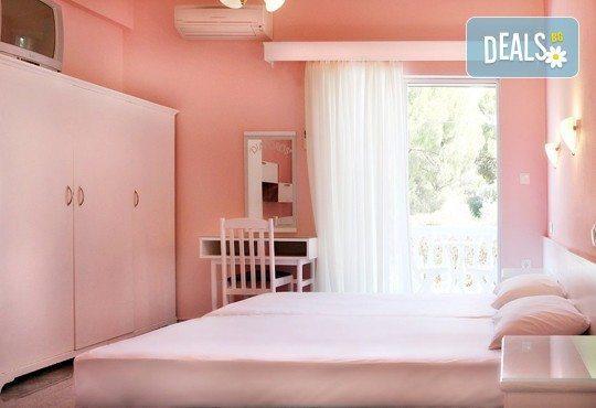 Почивайте през юни и септември в хотел Diaporos 3*, Халкидики, Гърция! 3/5/7 нощувки със закуски и вечери! - Снимка 5