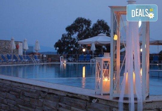 Гореща лятна почивка в Aristoteles Holiday Resort & Spa 4*, Халкидики - 3/4/5 нощувки със закуски и вечери, безплатно за дете до 11.99г. - Снимка 9