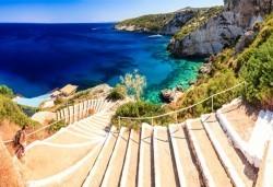 През юни или септември на о. Закинтос, Гърция: 5 нощувки със закуски и вечери, транспорт