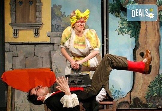 Приказки за малки и големи! Гледайте Макс и Мориц в Театър ''Възраждане'' на 23.04 от 12:30 ч, билет за един! - Снимка 2