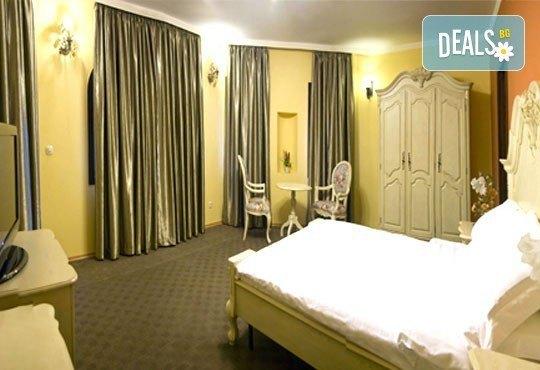 СПА Гергьовден във Велинград! 2 нощувки със закуски и вечери в луксозна стая с джакузи и празничен обяд в Спа хотел Хевън 4*! - Снимка 6
