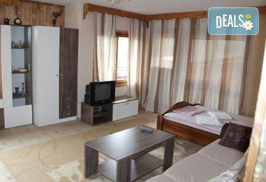 Почивка във възрожденската атмосфера на Копривщица от април до септември! 1 нощувка в помещение по избор в семеен хотел Планински рай 2*! - Снимка 9