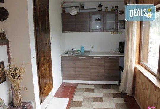 Почивка във възрожденската атмосфера на Копривщица от април до септември! 1 нощувка в помещение по избор в семеен хотел Планински рай 2*! - Снимка 8