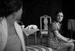 """Гледайте """"10 в Лондон, постановка на Малин Кръстев в Младежки театър, камерна сцена, на 11.05. от 19ч, един билет! - Снимка"""