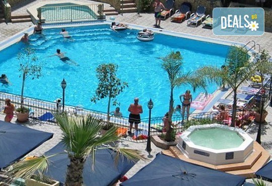 Last minute почивка на супер цена в Малта! 4 нощувки със закуски в Blue Sea Santa Maria 3*, двупосочен билет, летищни такси и трансфери - Снимка 2