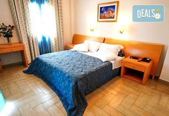 Почивайте през юни и септември в Poseidon Palace 4*, Олимпийска Ривиера, Гърция! 3 или 5 нощувки на база All Inclusive, ползване на басейн с чадъри и шезлонги! - Снимка 4
