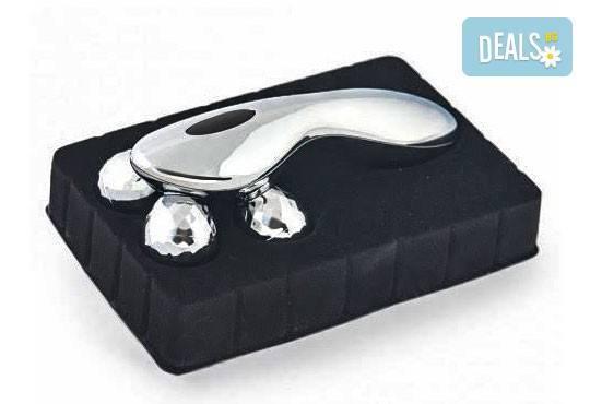 Събудете и раздвижете тялото си! Вземете механичен 4D масажор с четири въртящи се топчета от Gift Express! - Снимка 4