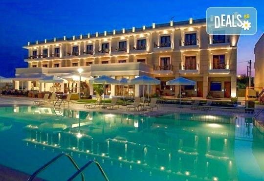 В разгара на лятото почивайте в Danai Hotel & Spa 4*, Олимпийска Ривиера, Гърция! 5 нощувки със закуски и вечери, безплатно за първо дете до 6г.! - Снимка 2