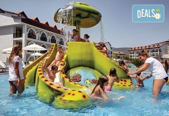 Супер почивка - на море през юли в Ramada Resort Hotel Akbuk 4+*, Дидим! 7 нощувки, All Inclusive и възможност за транспорт! Дете до 11 години безплатно! - Снимка 13