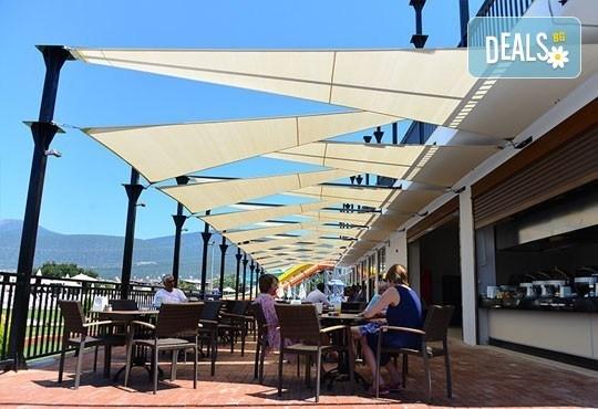 Супер почивка - на море през юли в Ramada Resort Hotel Akbuk 4+*, Дидим! 7 нощувки, All Inclusive и възможност за транспорт! Дете до 11 години безплатно! - Снимка 7