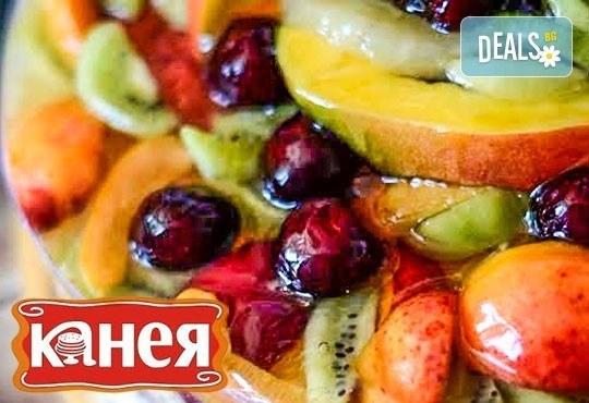 Вкусно изкушение за малки и големи! Уникална плодова или ягодова торта, от Канея - Снимка 1