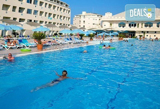 Почивка със самолет в Анталия от 28 май до 4 юни! 7 нощувки, Ultra All Inclusive в хотел Daima Biz Resort 5*, двупосочен билет, летищни такси и трансфери - Снимка 2