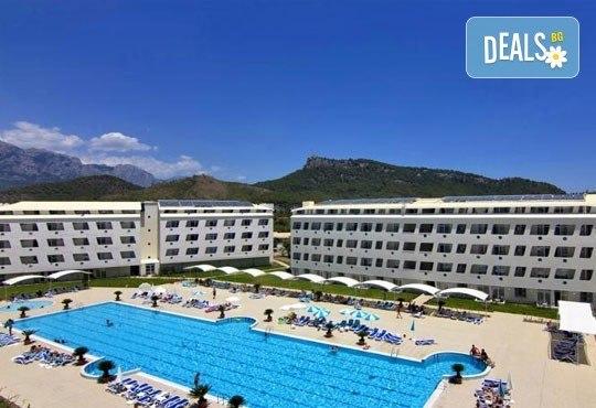 Почивка със самолет в Анталия от 28 май до 4 юни! 7 нощувки, Ultra All Inclusive в хотел Daima Biz Resort 5*, двупосочен билет, летищни такси и трансфери - Снимка 9