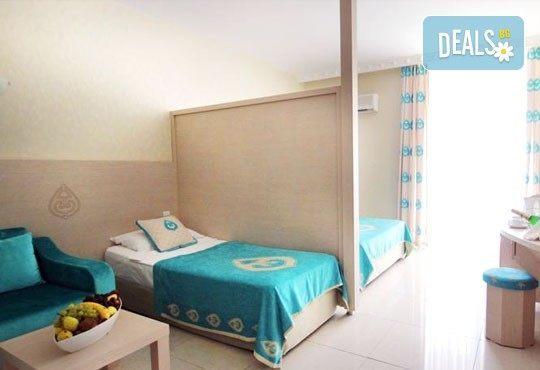 Почивка със самолет в Анталия от 28 май до 4 юни! 7 нощувки, Ultra All Inclusive в хотел Daima Biz Resort 5*, двупосочен билет, летищни такси и трансфери - Снимка 5