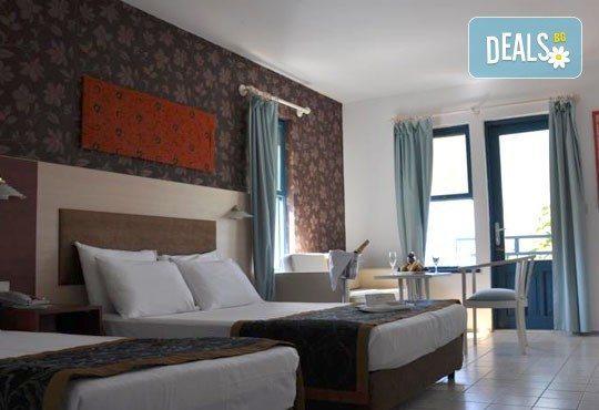 Почивка в Кушадасъ, Турция, през юни или септември! 7 нощувки в Club Hotel Ephesus Princess 5* на база Ultra All Inclusive, възможност за транспорт! - Снимка 4