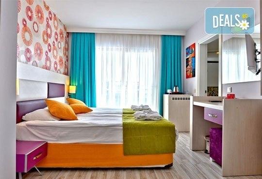 Super Last Minute! Почивка в Ramada Resort Side 5*, Анталия, Турция! 7 нощувки Ultra All Inclusive, самолетни билети и трансфери! - Снимка 3