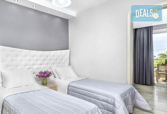Лятна ваканция в Hotel Anna 3* на Халкидики, Гърция! 3/4/5 нощувки със закуски и вечери, безплатно за дете до 1.99г. - Снимка 4