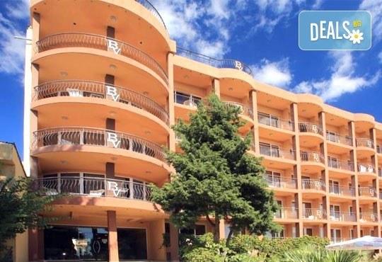 Почивка в Хотел&СПА Бона Вита, Златни пясъци: 1 нощувка на база All Inclusive, безплатно за дете до 2.99 г. - Снимка 1