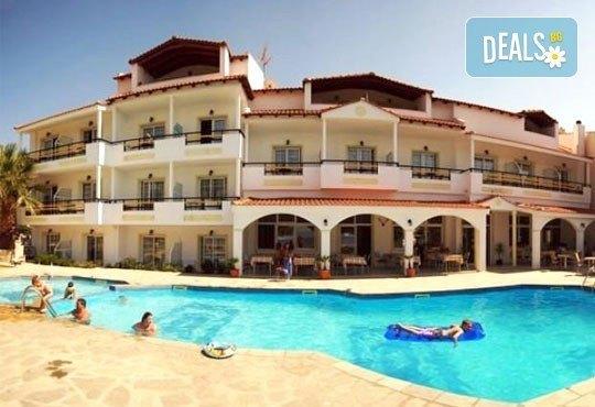 Почивка от май до октомври на остров Тасос, Гърция ! 3/4/5 нощувки, All Inclusive в Rachoni Hotel 3*, безплатно за дете до 2 г.! - Снимка 2