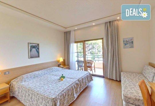 Super Last Minute! Почивка в Possidi Holidays Resort & SPA 5*, Касандра, Гърция - 5 нощувки със закуски, обяди и вечери, безплатно за дете до 11 г.! - Снимка 5
