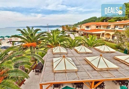 Super Last Minute! Почивка в Possidi Holidays Resort & SPA 5*, Касандра, Гърция - 5 нощувки със закуски, обяди и вечери, безплатно за дете до 11 г.! - Снимка 1
