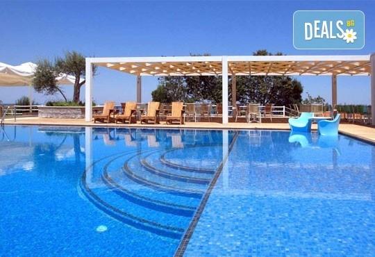 Super Last Minute! Почивка в Cavo Olympo Luxury Resort and Spa 5*, Плака Литохоро, Гърция - 3/4/5 нощувки и закуски! Безплатно дете до 10 години! - Снимка 2