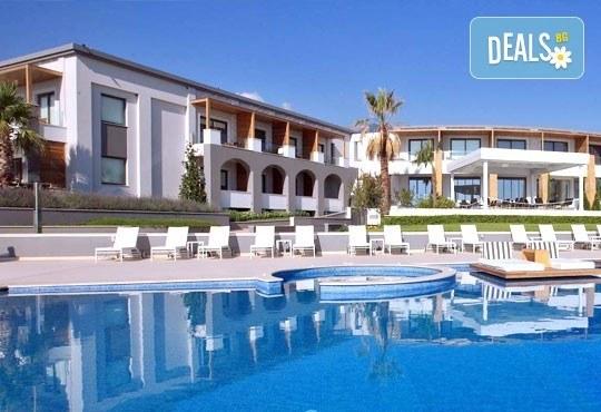 Super Last Minute! Почивка в Cavo Olympo Luxury Resort and Spa 5*, Плака Литохоро, Гърция - 3/4/5 нощувки и закуски! Безплатно дете до 10 години! - Снимка 1