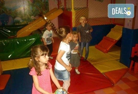 Два часа детско парти за 12 деца с торта, меню за децата, меню за родителите, аниматор, украса и много изненади, кафе- клуб Слънчо, Люлин - Снимка 5