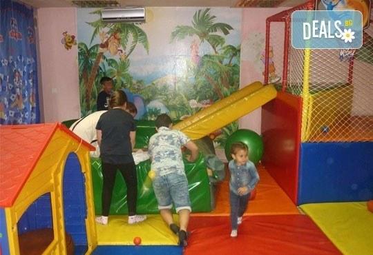 Два часа детско парти за 12 деца с торта, меню за децата, меню за родителите, аниматор, украса и много изненади, кафе- клуб Слънчо, Люлин - Снимка 7