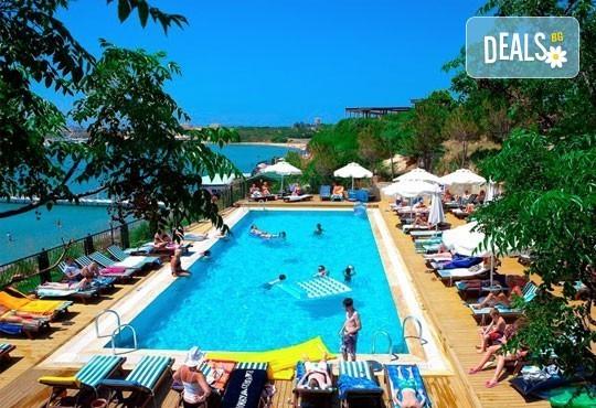 На море през септември! 7 нощувки, All Inclusive в Didim Beach Resort 5*, Турция с възможност за транспорт! Дете до 12 години безплатно! - Снимка 1