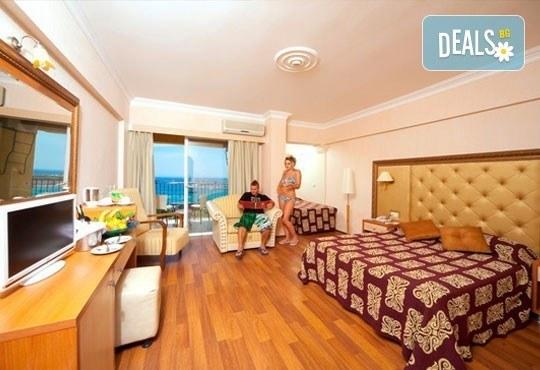 На море през септември! 7 нощувки, All Inclusive в Didim Beach Resort 5*, Турция с възможност за транспорт! Дете до 12 години безплатно! - Снимка 3