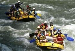 Рафтинг спускане през юни и юли, по река Струма, Кресненско дефиле