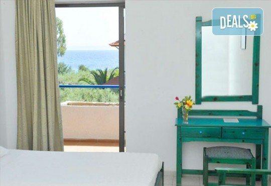 Лятна почивка в Гърция на супер цени в Sithonia Village Hotel 3*! 3/5/7 нощувки със закуски и вечери! Дете до 10 години – безплатно! - Снимка 4