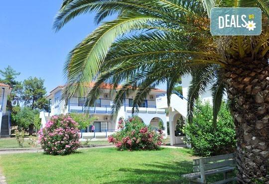 Лятна почивка в Гърция на супер цени в Sithonia Village Hotel 3*! 3/5/7 нощувки със закуски и вечери! Дете до 10 години – безплатно! - Снимка 1