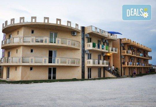 Слънчева почивка в Lilalo Studios Apart Hotel 2*, Катерини, Гърция! 4/5/6/7 нощувки без изхранване от Океания Турс! - Снимка 1