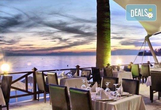 На море през юни в Кушадасъ! 7 нощувки на база All Inclusive в Omer Holiday Resort 4* и възможност за транспорт, от ТА Джуанна! - Снимка 12